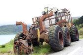 Tractor abandonado — Foto de Stock