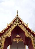 Door of Wat Chalong on Phuket island,Thailand — Stock Photo