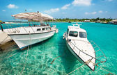 Boat in maldives — Stock Photo