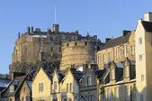 Edinburgh Castle and Grassmarket — Stock Photo