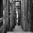 Alleyway in Old Edinburgh — Stock Photo
