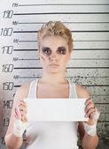 Девушка в тюрьме — Стоковое фото