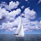 Sailing boat in the wind — Stock Photo