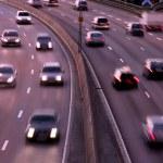 automobili di notte con motion blur — Foto Stock