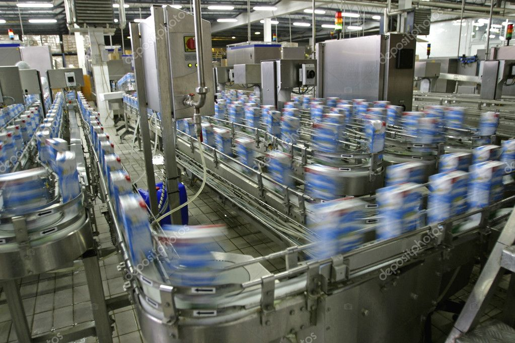 Automated production line in modern dairy factory — Foto de Stock   #4158646