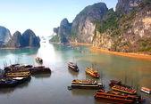 Ha Long Bay, panoramic view — Foto de Stock