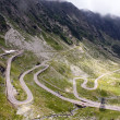 View with adventurous road and valley in Transfagarasan — Foto Stock