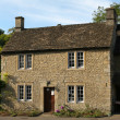 Typical Cotswolds cottage — Stock Photo #4152569