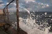 морские волны брызг — Стоковое фото