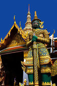Giant guardian at Royal Palace, Bangkok — Stock Photo