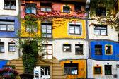 Hundertwasser house in wenen — Stockfoto