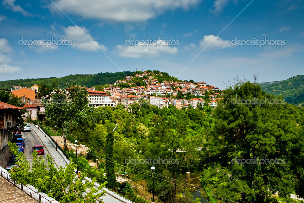 Veliko Tirnovo (Tarnovo) old city in Bulgaria — Stock Photo #4809754
