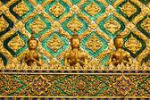 Tajski tradycyjnych kąt w świątyni wat phra kaew w bangkoku, bangkok tajlandia — Zdjęcie stockowe