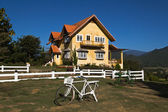 Yellow classic house on hill in pai district — Stock Photo