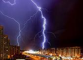 Thunder-storm in a megacity — Stock Photo