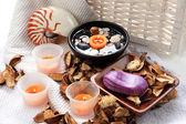 Orange spa candles and potpourri — Stock Photo