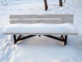 скамья снега — Стоковое фото