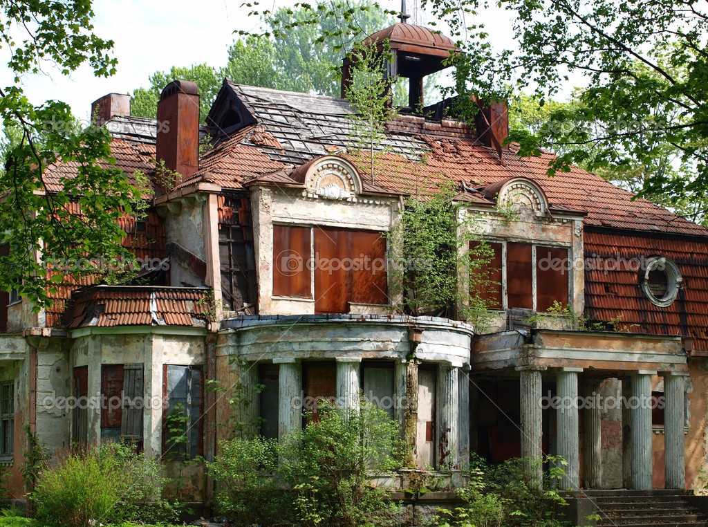 Abandoned Mansions in PA http://depositphotos.com/4515873/stock-photo-Abandoned-mansion.html