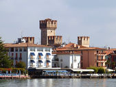 Scaligers castle in Sirmione — Stock Photo