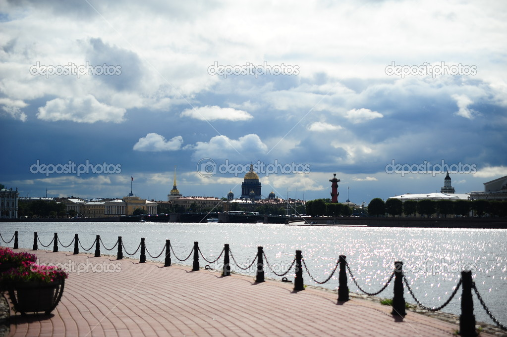 Panorama of downtown St. Petersburg — Stock Photo #4462455