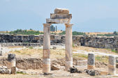 The ancient Greek and Roman city of Hierapolis — Stock Photo