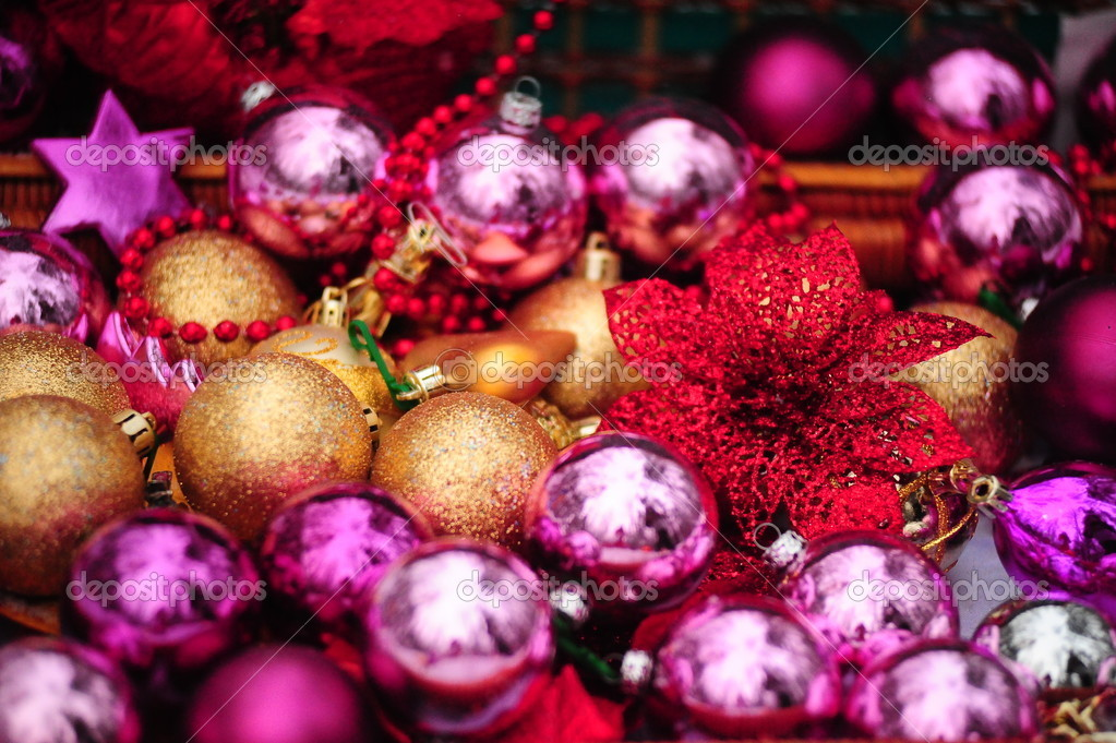 Christmas background with gold and purple beads — Stock Photo #4603873
