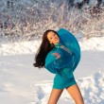 Girl dancing — Stock Photo #4812092