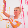 Drawing a girl on the wall — Stock Photo #4885021
