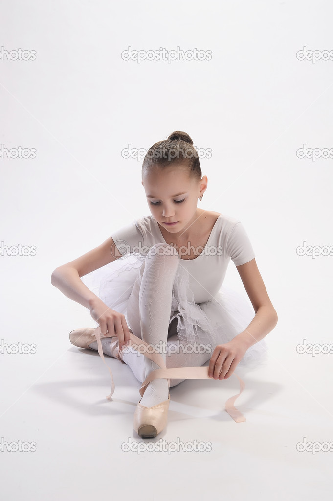 The ballerina — Stock Photo #5168848