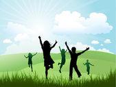 Güneşli bir günde dışarıda oynayan çocuklar — Stok fotoğraf