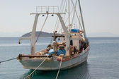 A traditional fishing boat anchored in Skiathos island, Greece. — Stock fotografie