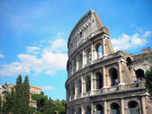 The Colosseum in the background of clouds — Stock Photo