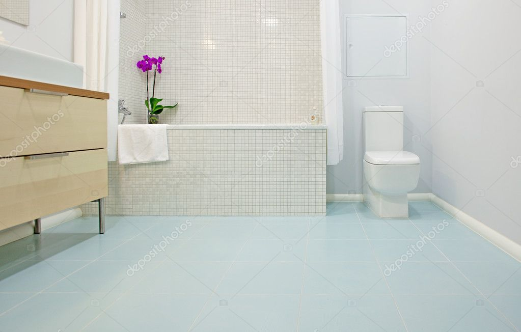 Modern bathroom interior — Stock Photo #4326839