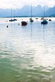 Boats on Lake Wolfgangsee, Salzburgland, Austria — Stock Photo