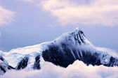 Landscape of snow mountains — Stock Photo