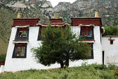 Tibetan lamasery in Lhasa — 图库照片