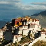 Potala Palace in Lhasa Tibet — Stock Photo