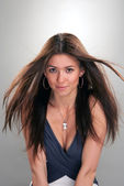 Young brunette fashionable woman beauty portrait — Stockfoto
