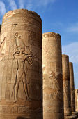 The Egyptian columns with frescos in a city the Clod-ombo — Stock Photo