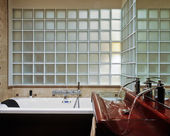 Modern bathroom with glassblock — Stock Photo