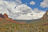 Storm approaching Oak Creek Canyon — Stock Photo