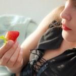 Ripe red berry — Stock Photo