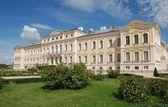 巴罗克-洛可可风格的宫殿 — 图库照片