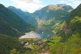 Pěkný výhled na atlantský oceán, fjord geiranger, norsko — Stock fotografie