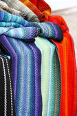 Coloridas bufandas — Foto de Stock