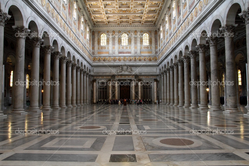 Rome, Italy. Interior of Papal Basilica of Saint Paul Outside the Walls. Ostiense district. — Stock Photo #4432146