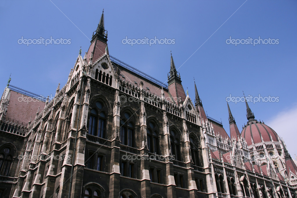 Famous landmark - House of the Parliament in Budapest, Hungary. — Stock Photo #4440167