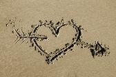 Hjärta och pilen — Stockfoto