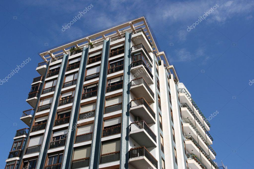 Edificio de apartamentos almeria fotos de stock tupungato 4464691 - Apartamentos argar almeria ...