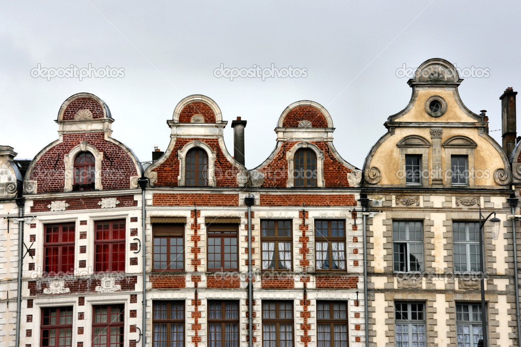 Beautiful old houses in Arras, town in region of Pas-de-Calais, France — Stock Photo #4469233